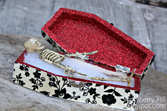 1 pm059 A Glitzy Halloween Coffin