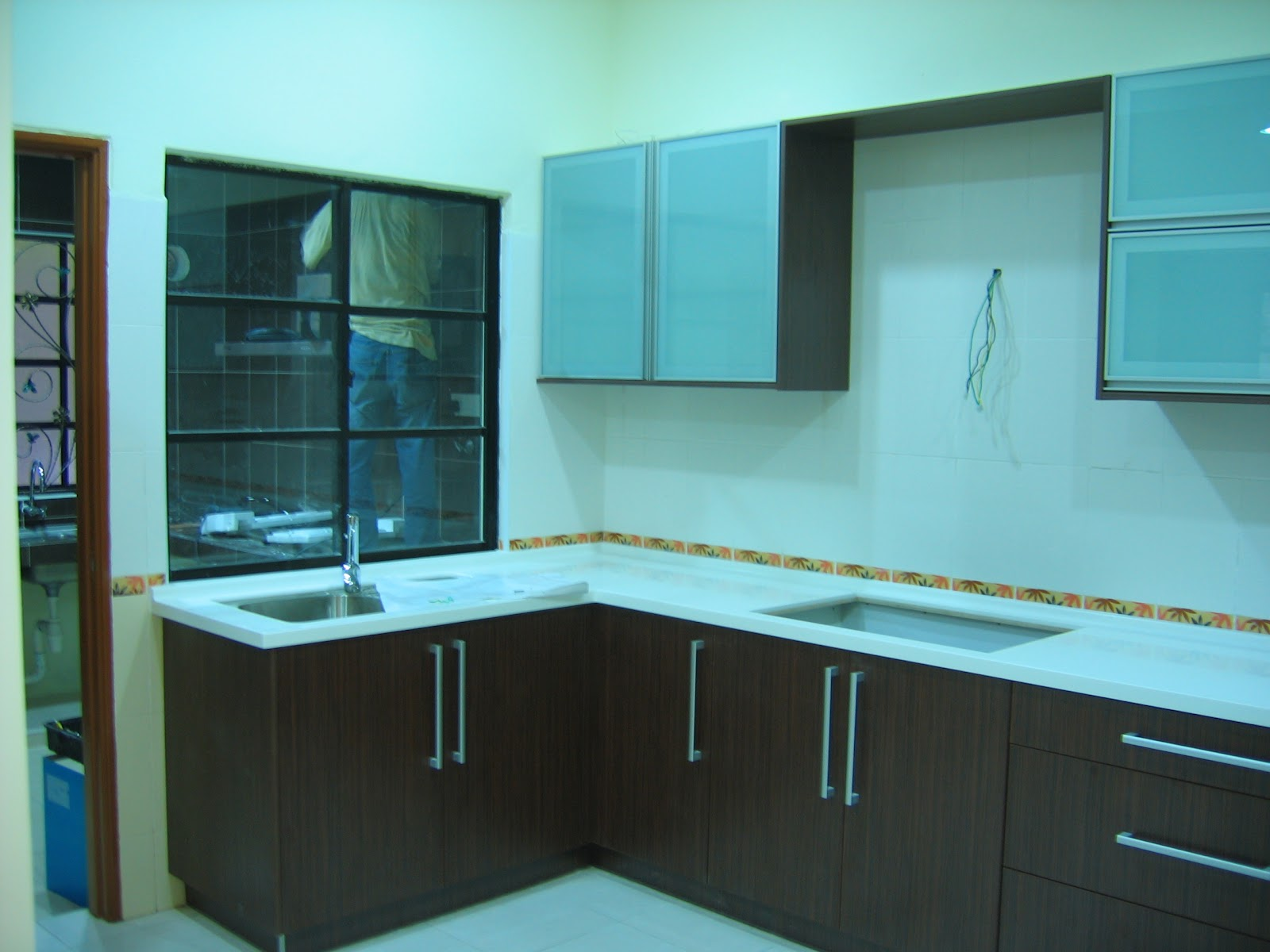 Mica Interior Design and Construction: Kitchen Cabinet