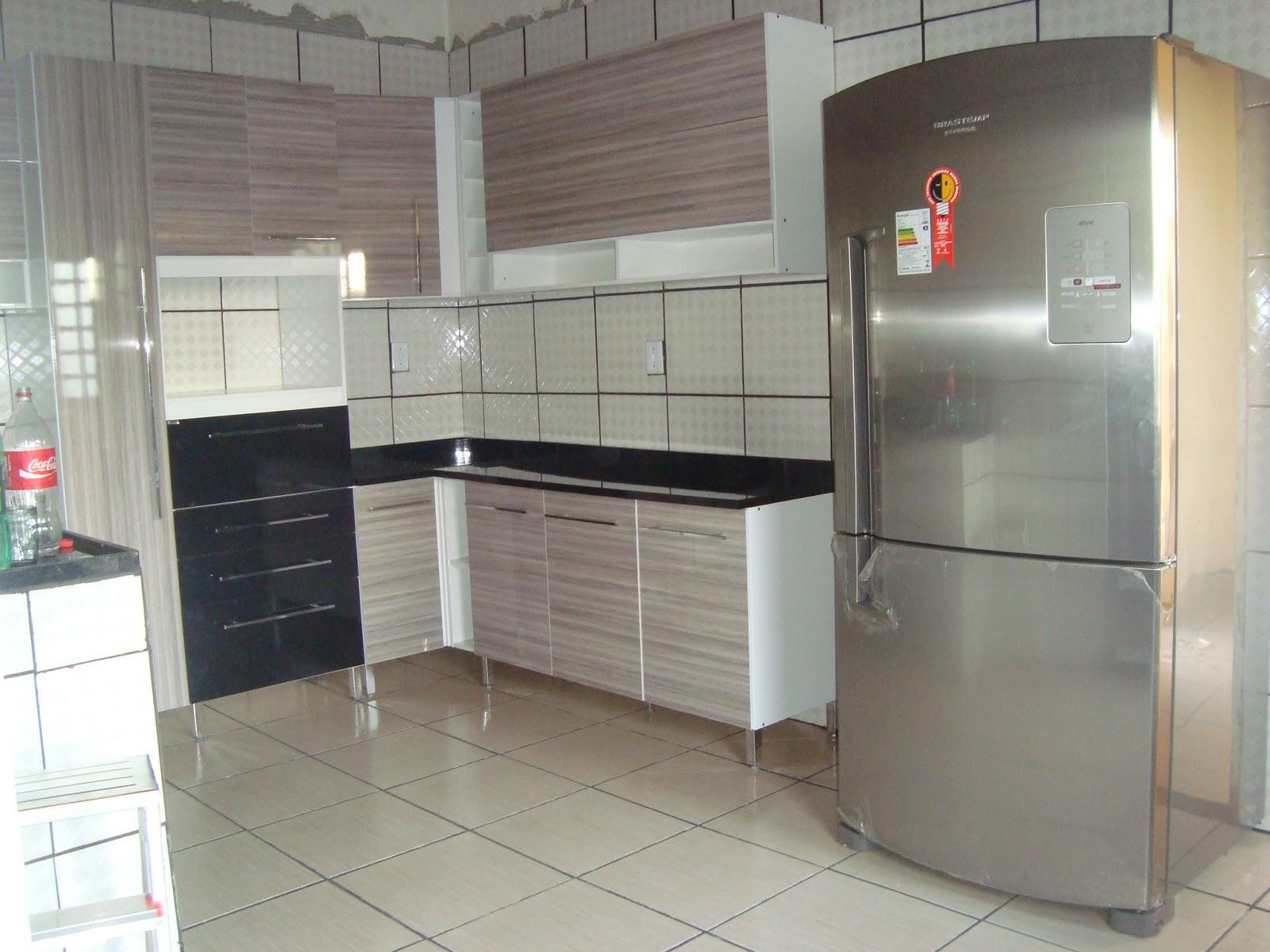 Doce Começo : Fotos do armário de cozinha #7A6551 1600 1200
