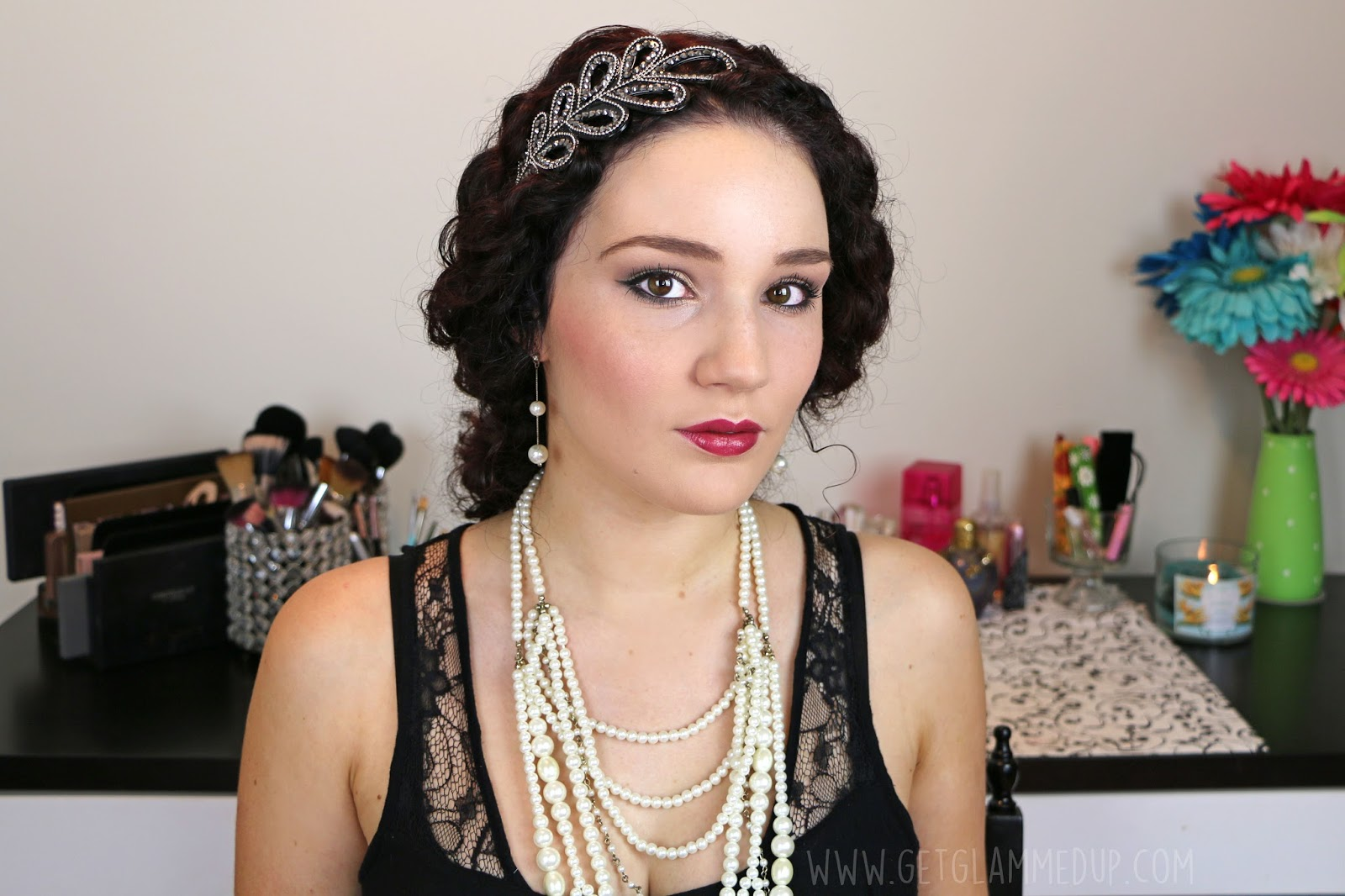 VIDEO: Flapper Halloween Makeup Tutorial + How to Remove Stubborn ...