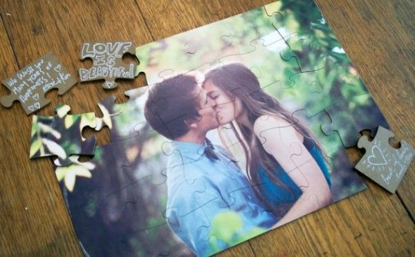 Rangkaian tanda cinta lewat puzzle