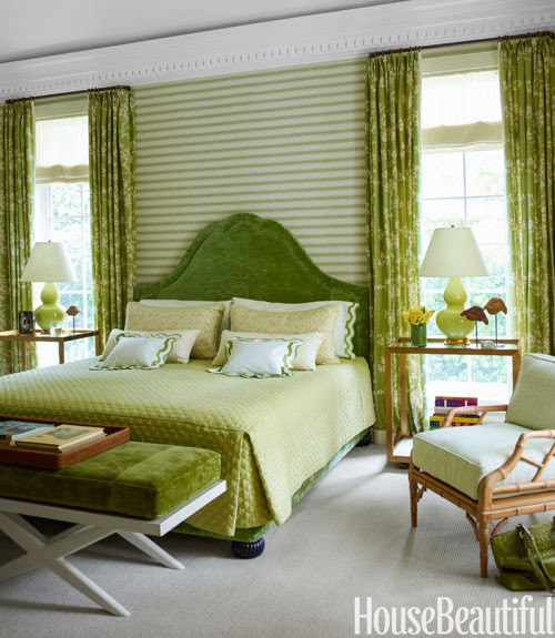 Red and green guest room inspiration