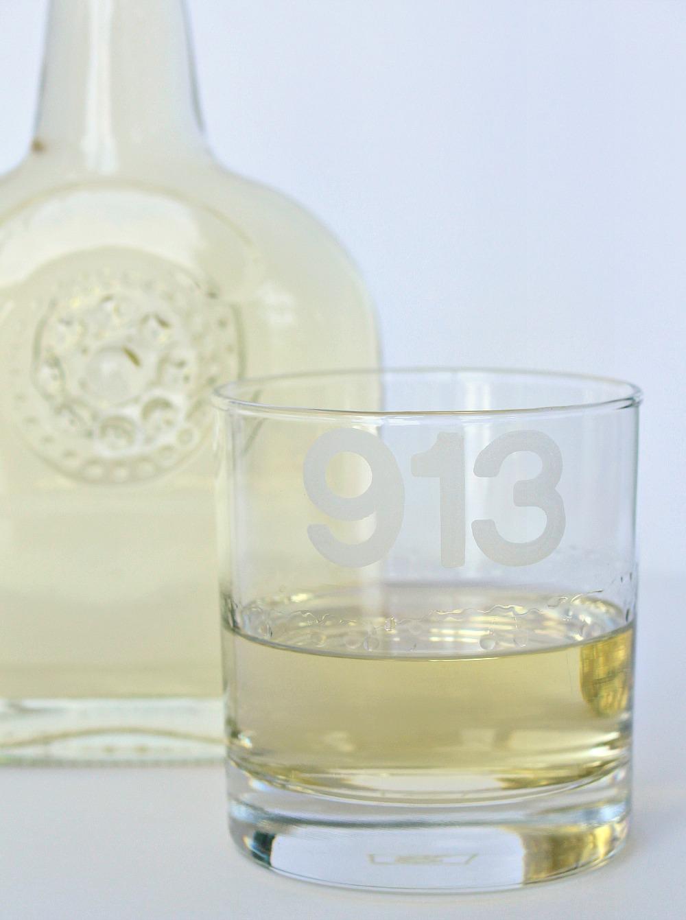 DIY vanilla infused vodka