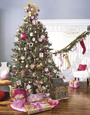 árbol navideño morado