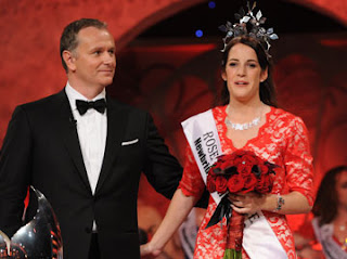 Daithi O Se photographed with this year's Rose of Tralee Nicola McEvoy, Luxembourg