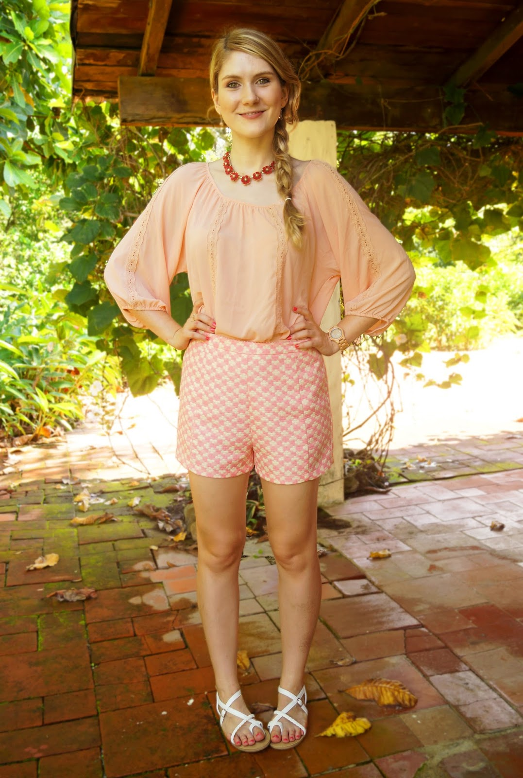 Cute and comfy outfit in pink!