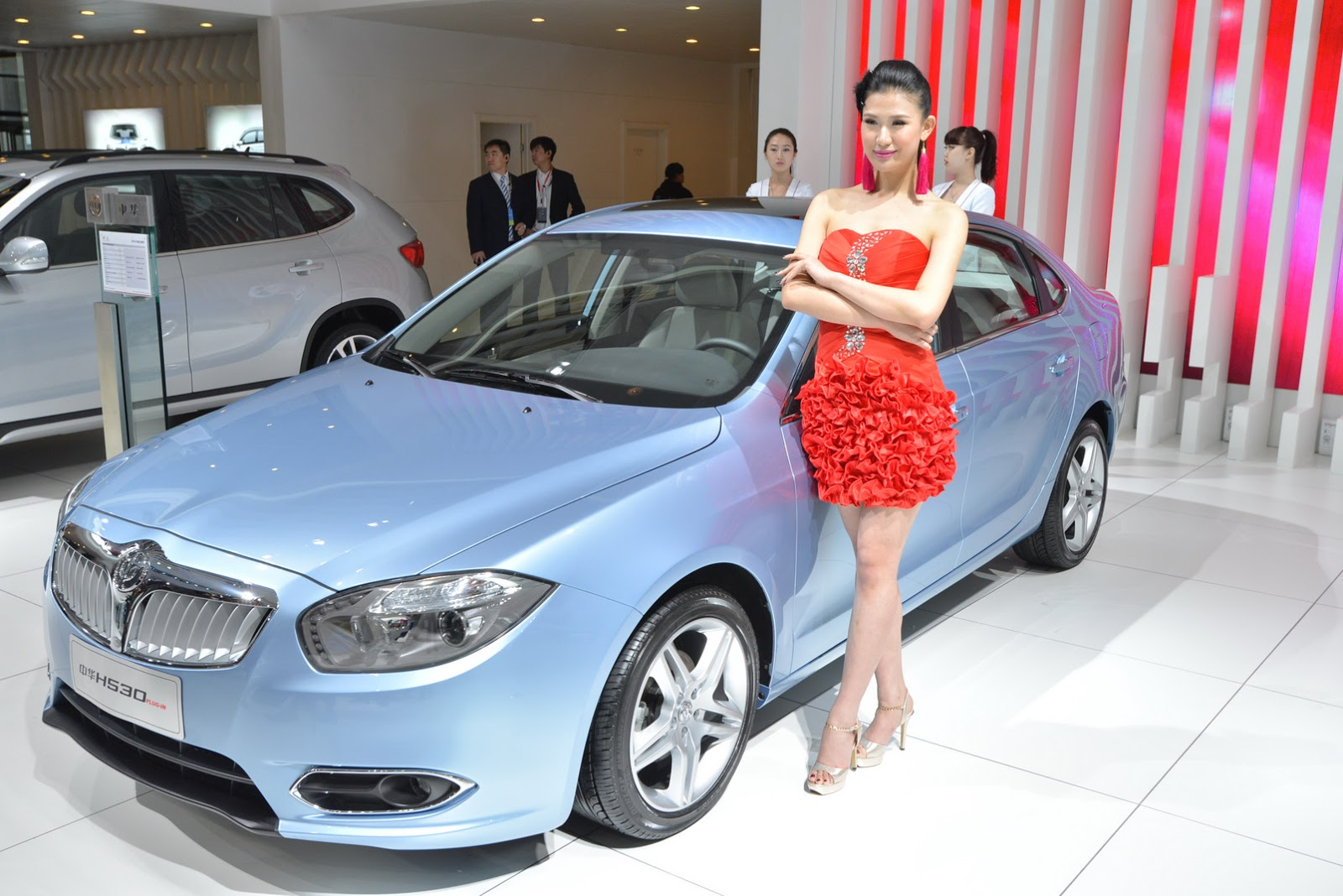 After banning sexy models shanghai auto show now bans - Auto motor show ...