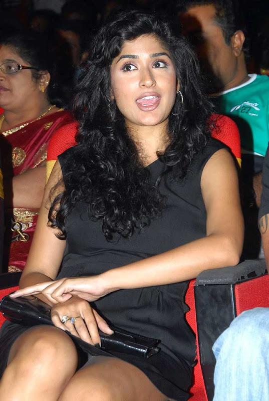 Anjala Zaveri Hot Stills From Paruchuri Awards Photoshoot images