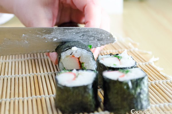 Sushi maki de cangrejo paso a paso - Receta facil