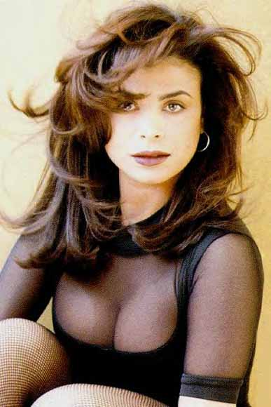 Paula abdul |Click And See World