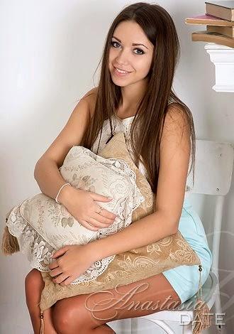 AnastasiaDate.com lady Viktoria