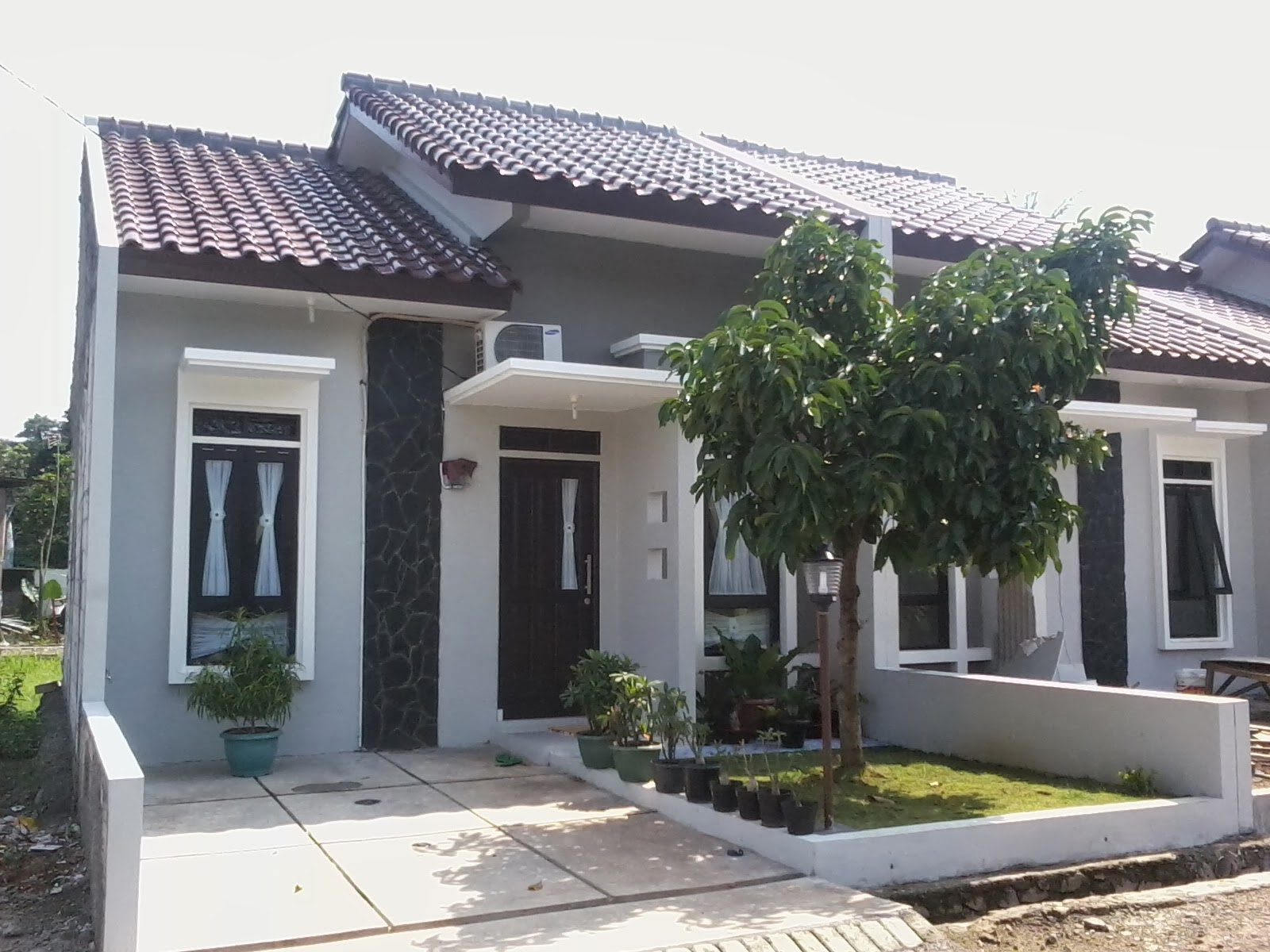 Model rumah minimalis modern sederhana 2014 tattoo for Design rumah mimimalis modern