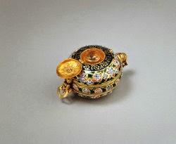 Aga Khan Museum gold compendium