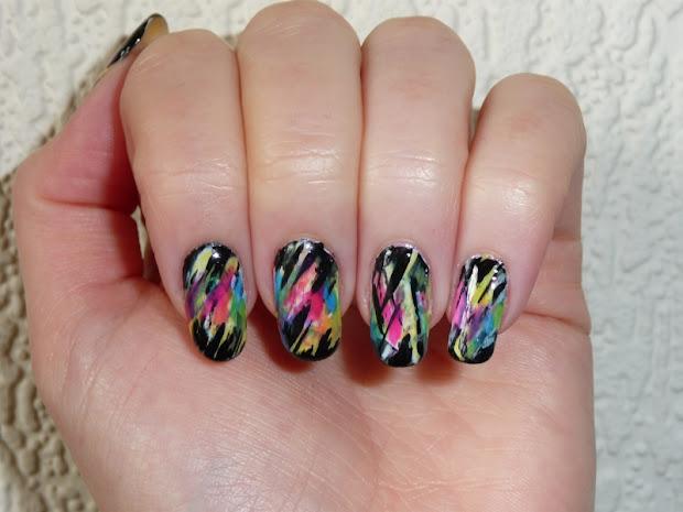 spot 90's nail art