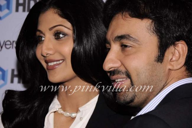 Shilpa Shetty 1 - Shilpa Shetty And Raj Launch www.grouphomebuyer.com