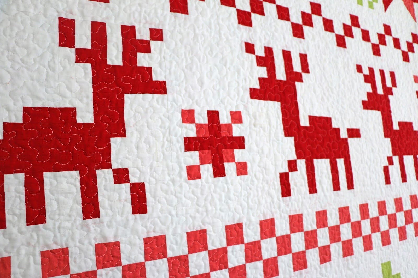 Simple Lace Knit Pattern : Freshly Pieced: Fair Isle Christmas Quilt - My New Pattern