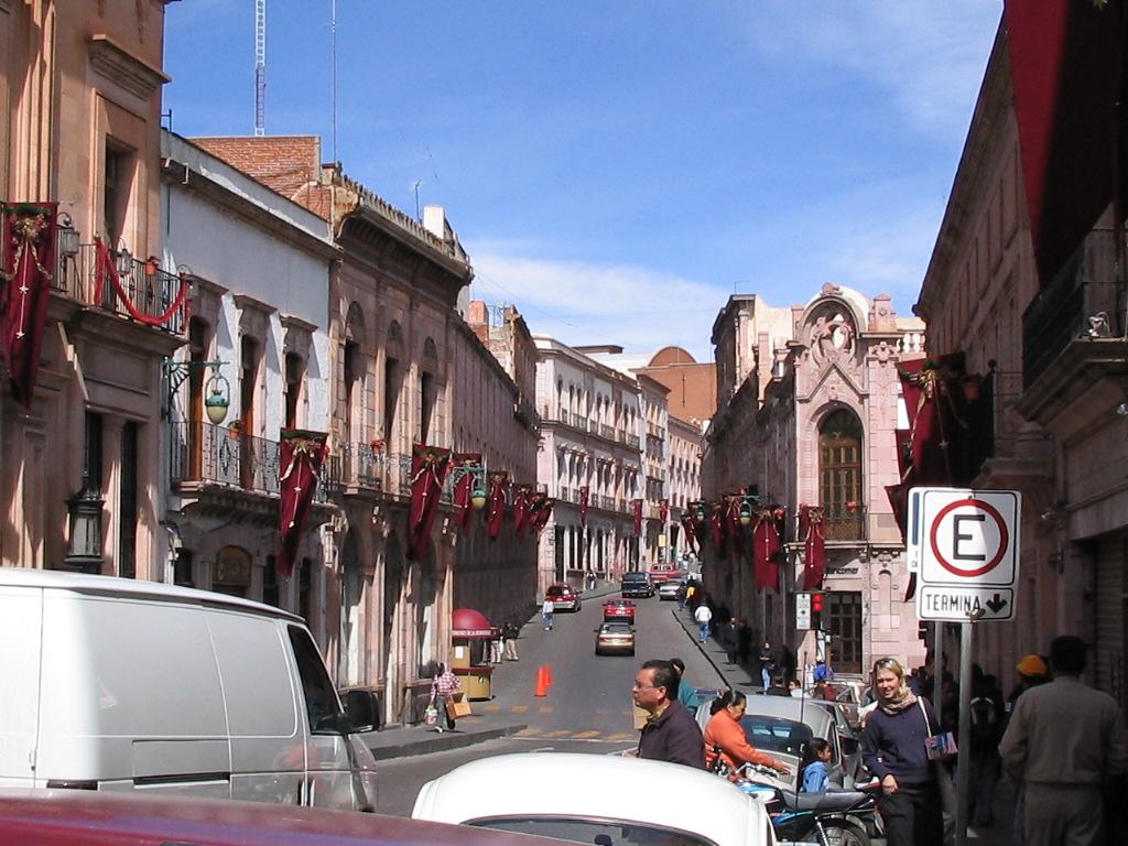 http://4.bp.blogspot.com/--ZcNHwjLDyQ/TaXYdP5JQuI/AAAAAAAAAMk/VFtiUcx77M8/s1600/Zacatecas.jpg