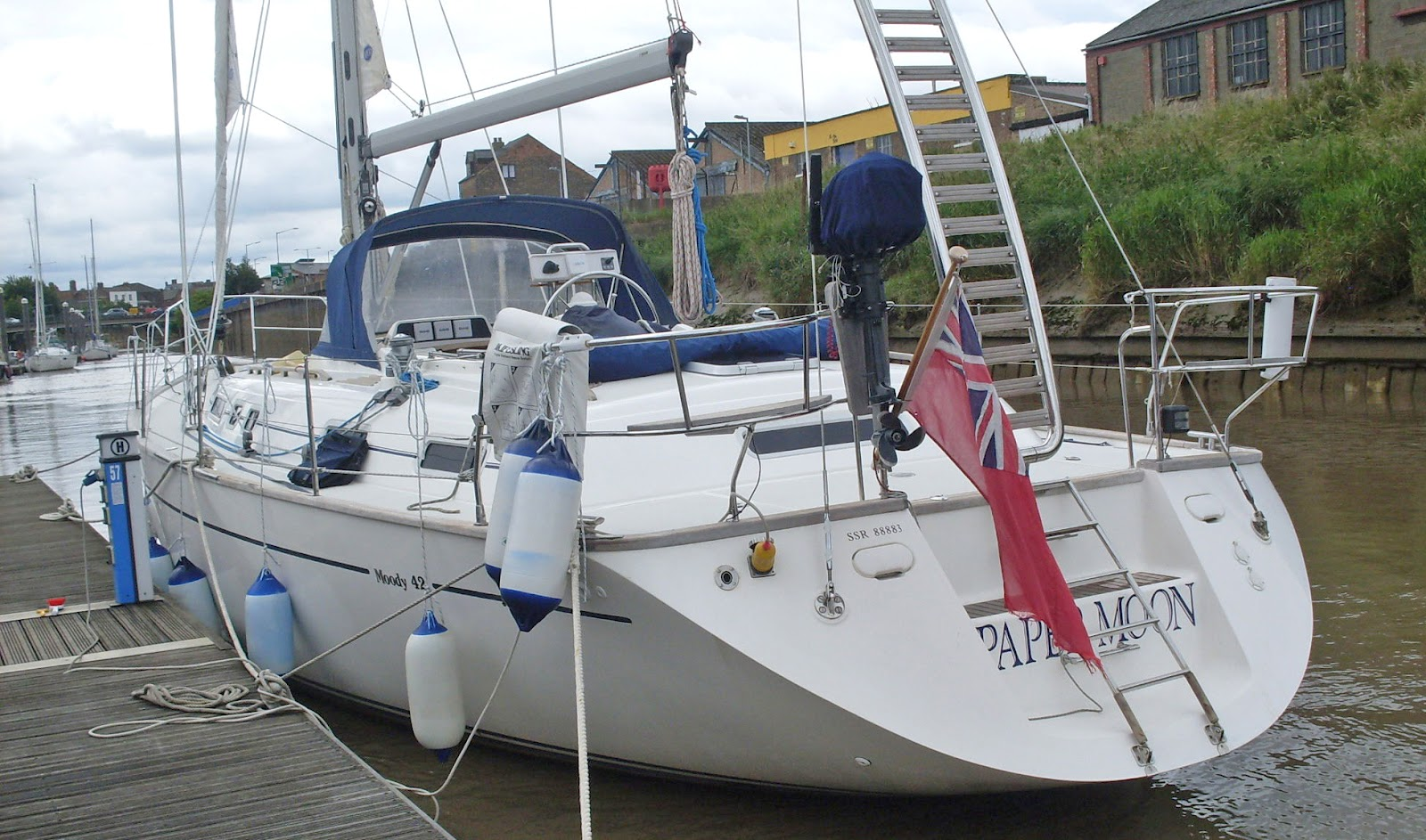 The Moody 42 has just been reduced to £139950 Tax paid