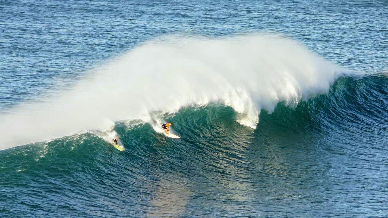 surfing menakoz 17