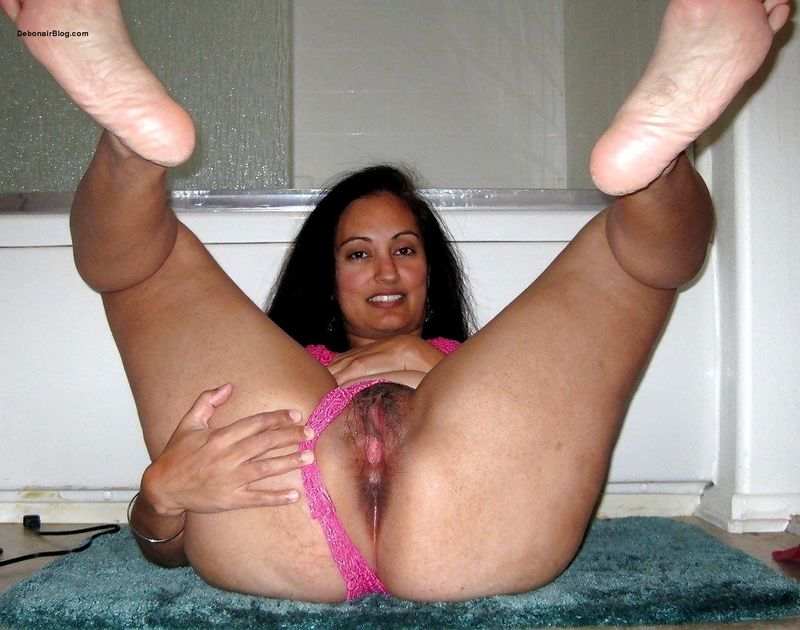 Punjabi Milf Aunty In Pink Lingerie Showing Pussy Ass Cheeks And Tits