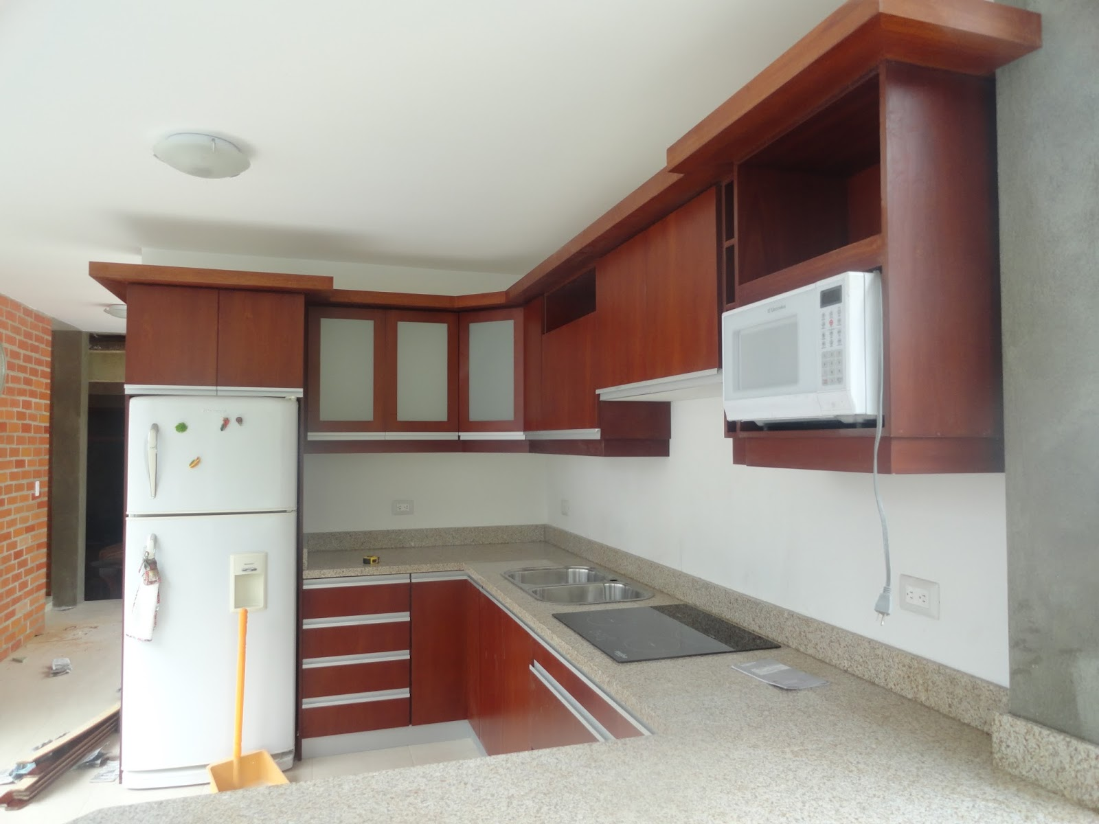 Ideatumobiliario muebles de cocina for Modelos de anaqueles de cocina