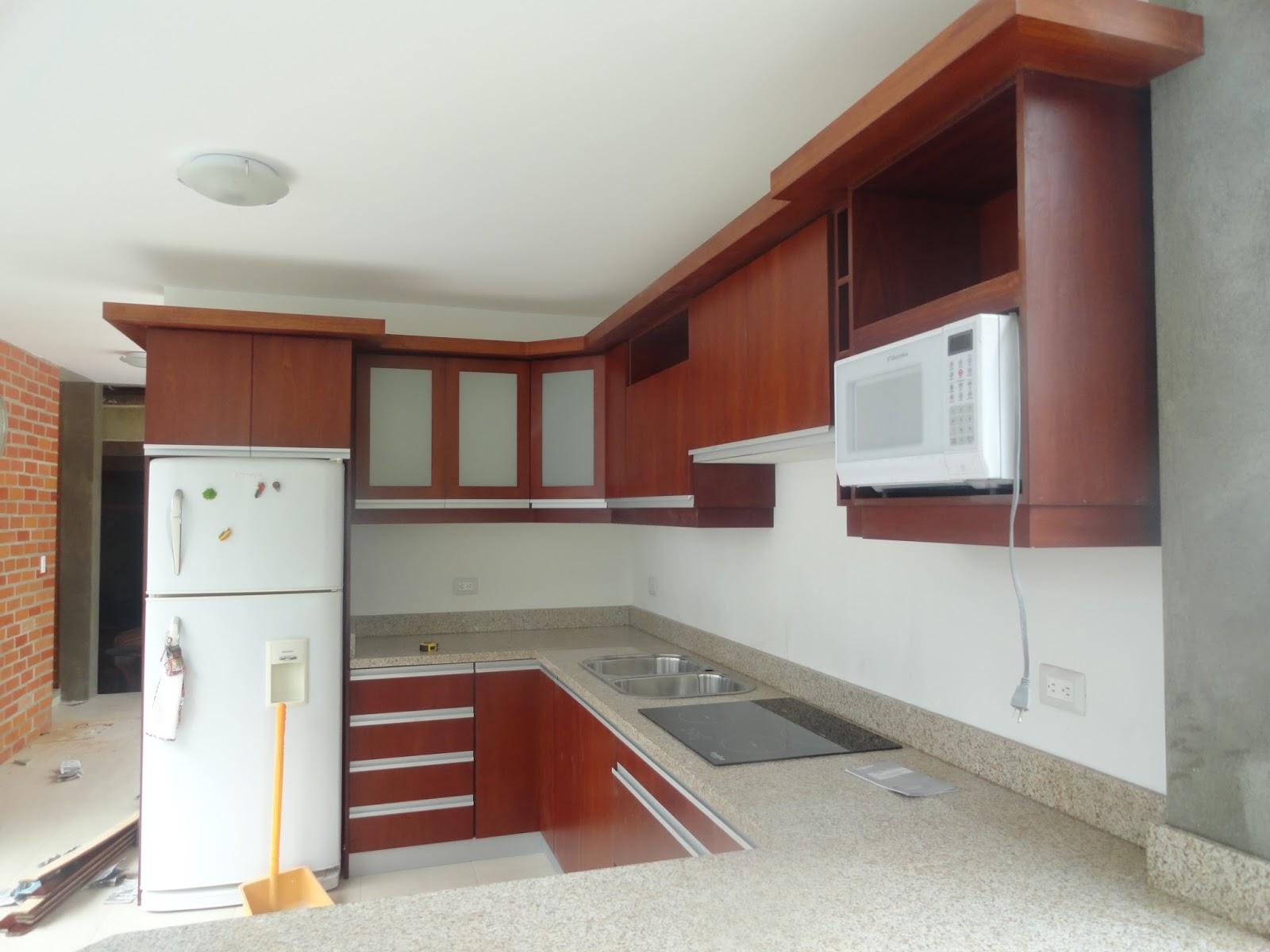 Ideatumobiliario muebles de cocina for Anaqueles de cocina modernos