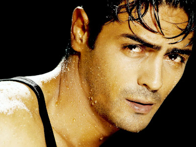 ArjuArjun Rampal hot photo