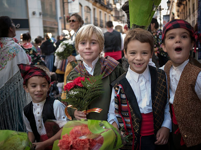 Paseando por Zaragoza el dia del Pilar 2013