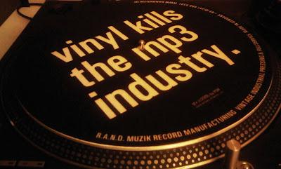 [V]inyl kills the mp3-industry?