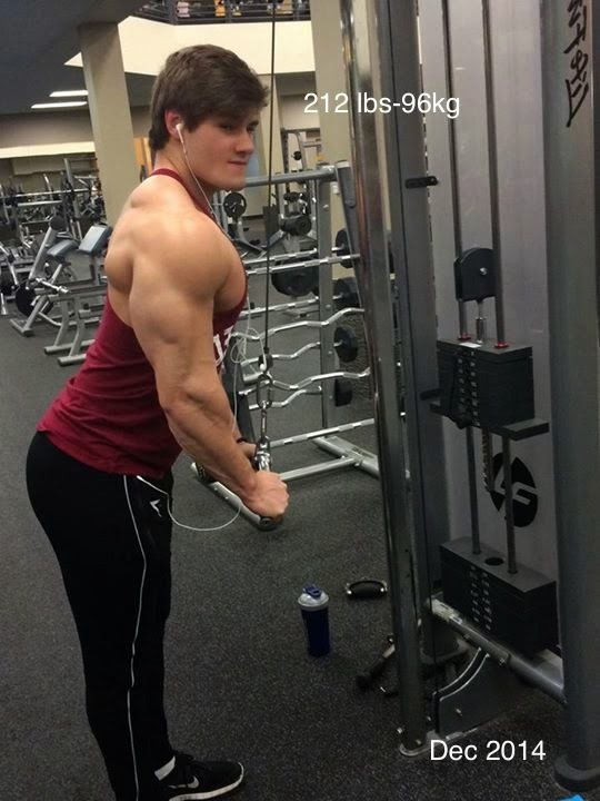 Jeff Seid Bulking winter 2014 at 212lbs