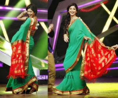 Shilpa shetty in green backless saree blouse