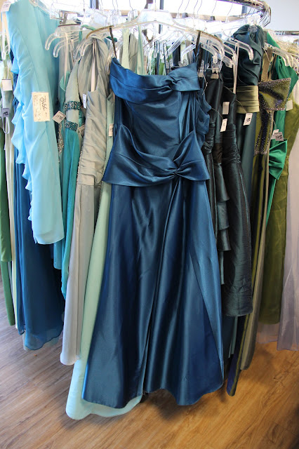 Thrift and Shout: Goodwill Prom Shop Event