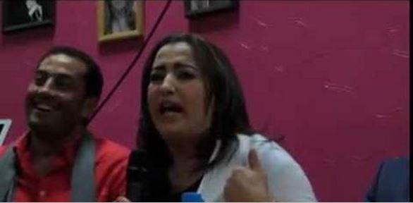 بالفديو إلهام واعزيز تمدح المنتجين المصريين و في المقابل تهاجم المغاربة و ها شنو قالت عليهم