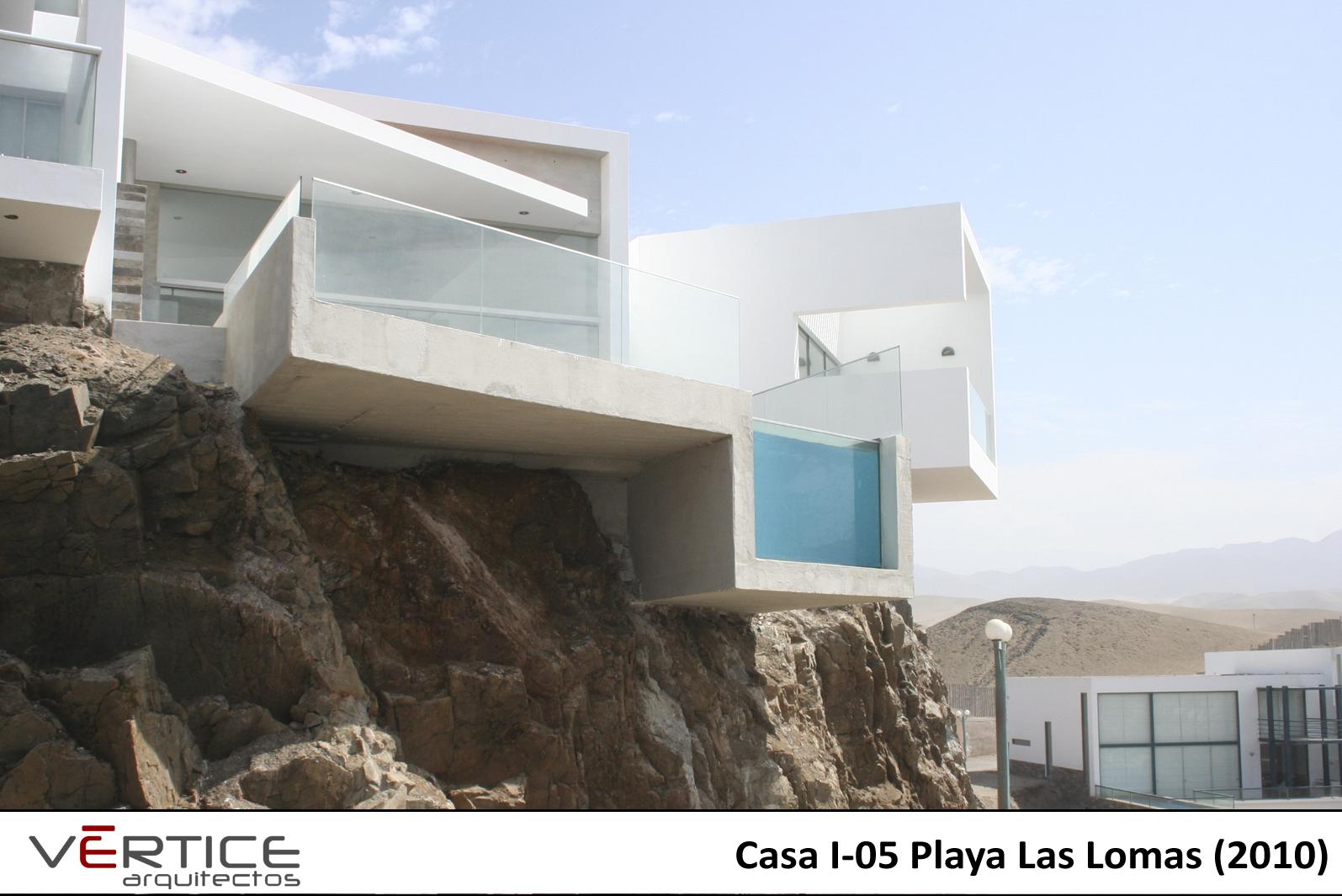 Arquitectura arquidea casa minimalista en playa las lomas for Casa minimalista arquitectura