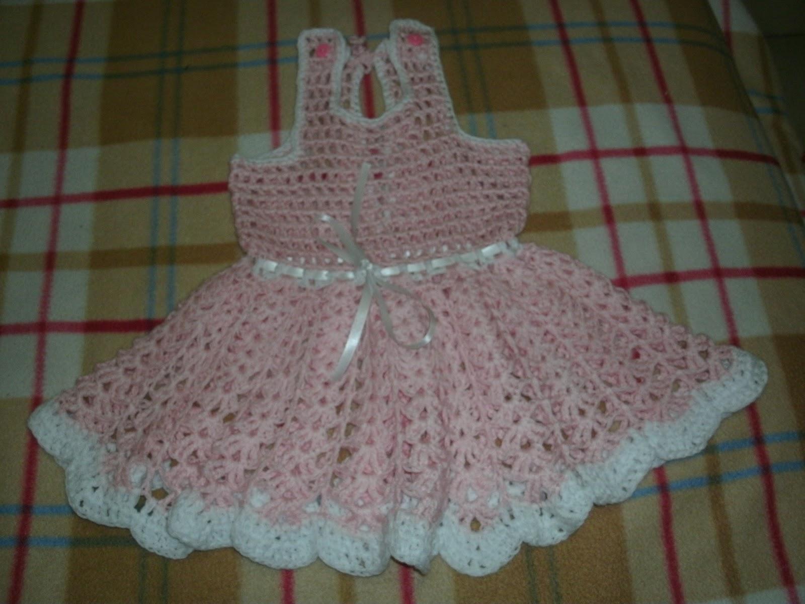 Ana Luisa y sus tejidos: Vestido tejido a crochet para niña