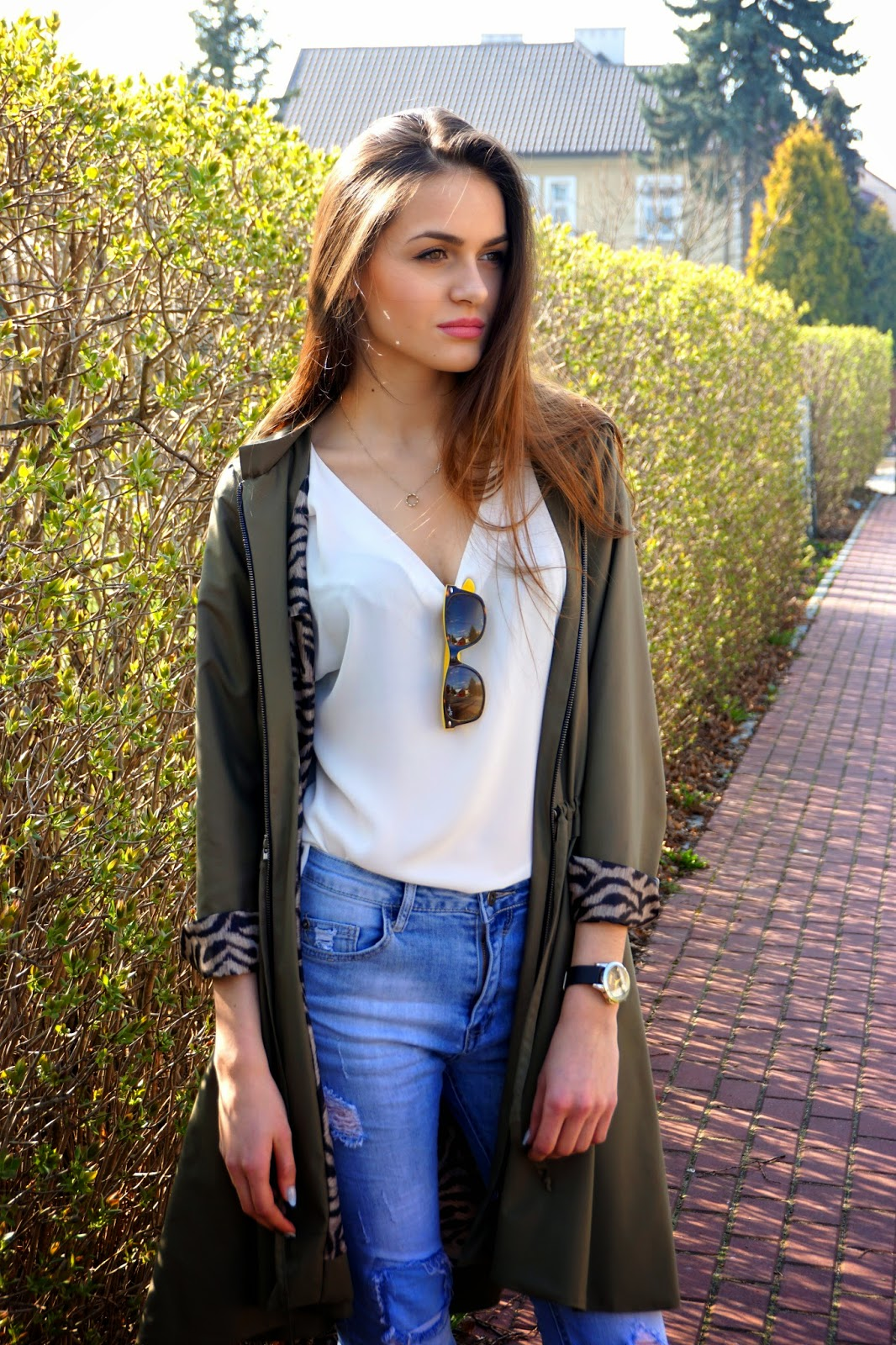 jeans, khaki and white