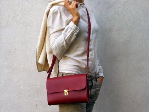 http://www.dupelli.it/Du_Pelli/1.11_la_rossa.html