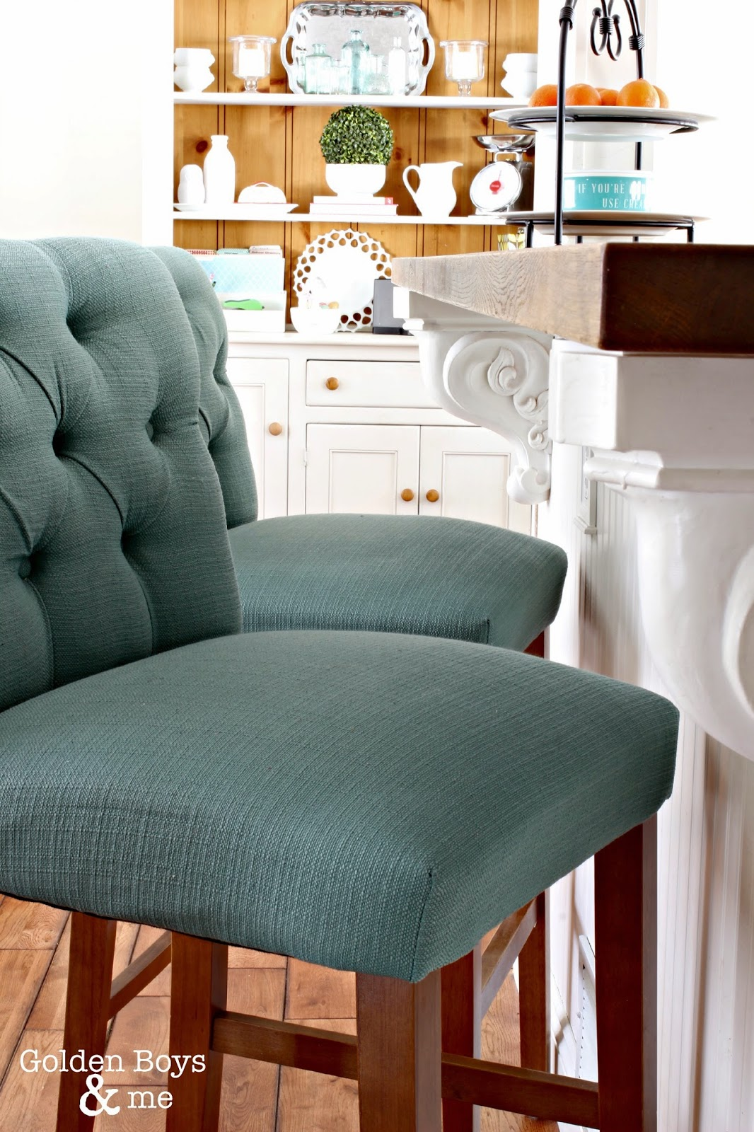 Target threshold stools with painted hutch-www.goldenboysandme.com