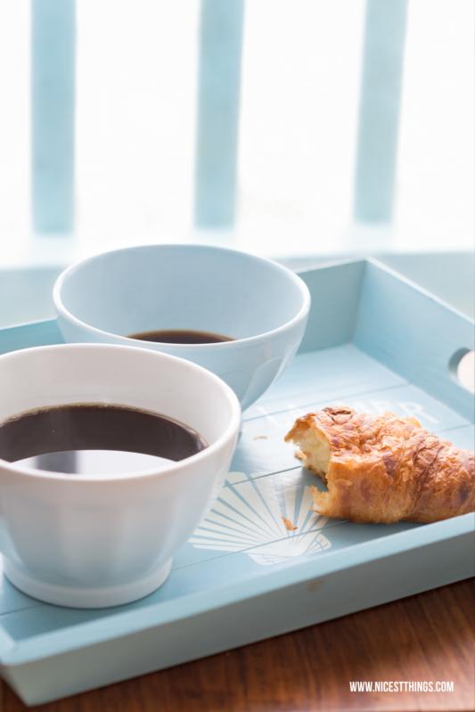 Bols de Café Weiß Hellblau Frühstück Kaffee Croissant
