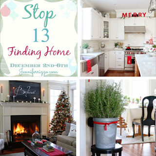 http://findinghomeonline.com/christmas-decorating-ideas-holiday-housewalk-tour