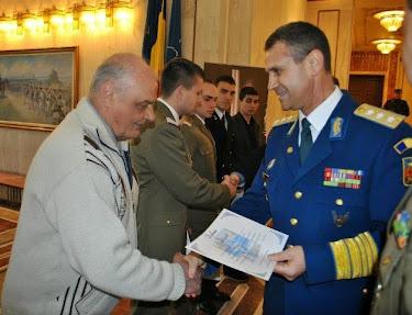 THE BEST ROMANIAN PREMIUM haiku CEL MAI MARE PREMIU POEZIE NIPONĂ -ESEUL /  Essay --  NATO.Ro2013 !