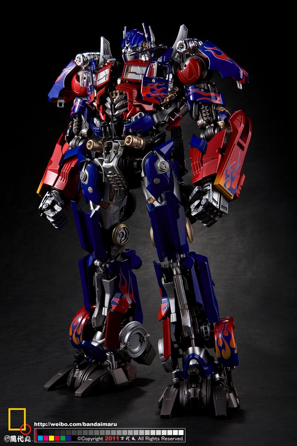... GUY: Transformers Dual Model Kit DMK01 Optimus Prime - Painted Build