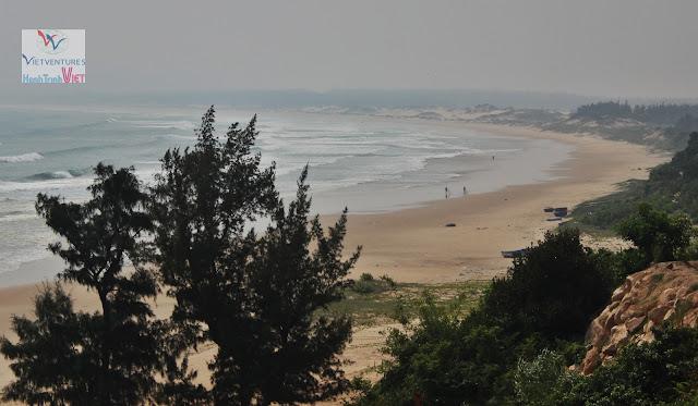Bãi biển Trung Lương ở Bình Định