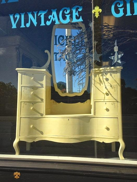 Victorian vanity rehab to fab at The Pickled Hutch