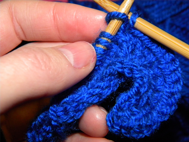 Creating Laura Little Knitted Flowers