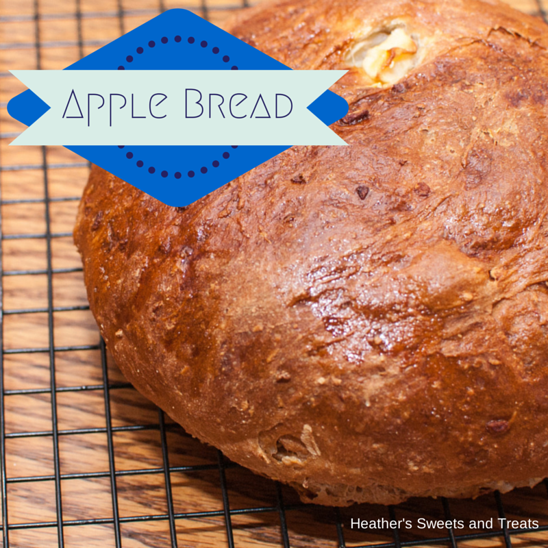 apple, bread, yeasted bread, yeast bread, cinnamon,