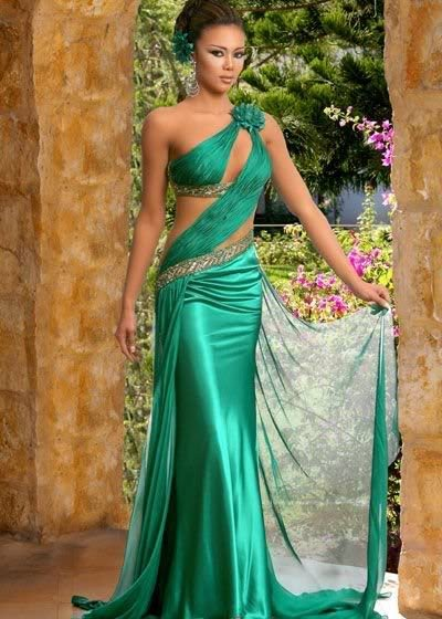 indian wedding gowns with traditional modern designs