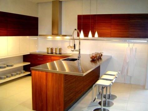 C mo remodelar la cocina cocina y muebles for Modelo de cocina pequena moderna