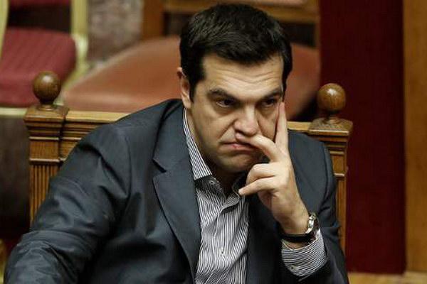 «Πύρρειος νίκη» Τσίπρα στη Βουλή, «λαβωμένος» ο ΣΥΡΙΖΑ