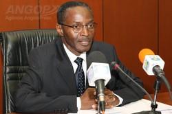Angola - Huambo: Ministro pede organização dos municípios no combate à pobreza